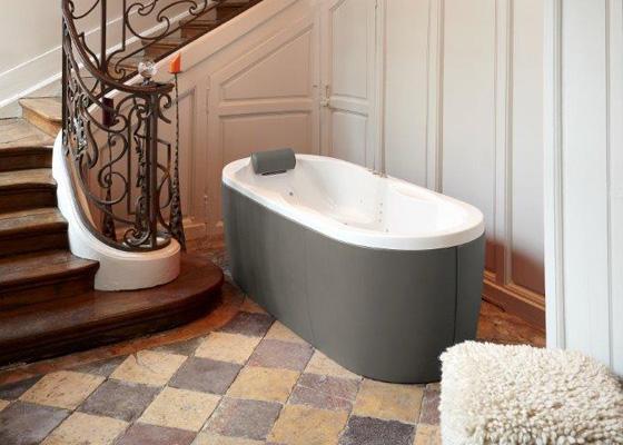 Pin baignoires bain tous les fabricants de larchitecture for Fabricant baignoire